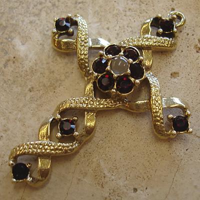 Swarovski Garnet Birthstone Stanhope Cross